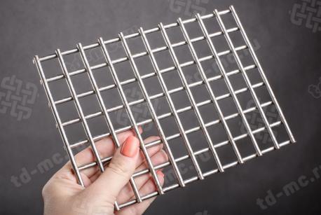 Сетка нержавеющая сварная 20х20х4 сталь 12Х18Н9 - фото 2