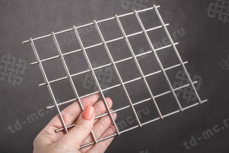 Сетка нержавеющая сварная 30х30х3 сталь AISI 201 - фото 2