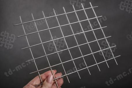 Сетка нержавеющая сварная 30х30х2,5 сталь 12Х18Н9 - фото 2