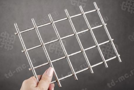 Сетка нержавеющая сварная 40х40х5 сталь 12Х18Н9 - фото 2
