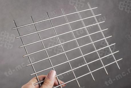 Сетка нержавеющая сварная 20х40х3 сталь 12Х18Н9 - фото 2
