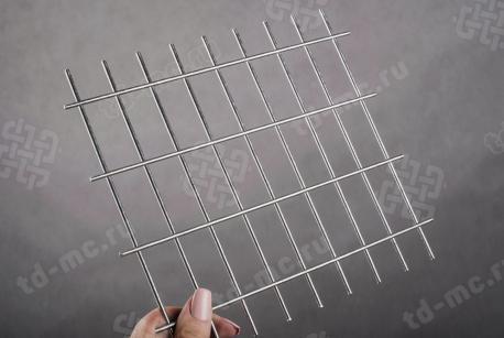Сетка нержавеющая сварная 25х50х3 сталь 12Х18Н9 - фото 2