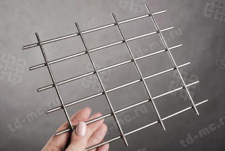 Сетка нержавеющая сварная 30х60х4 сталь 12Х18Н9 - фото 2